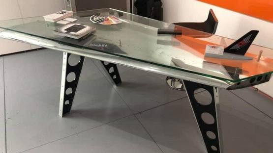 AirIllusion - 1959 Cessna Tail Desk, 2019 (detail)