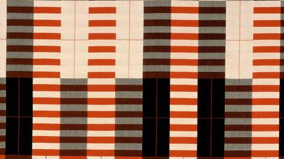 Anni Albers - Wall hanging (detail), 1926-1964, photo via bauhus de