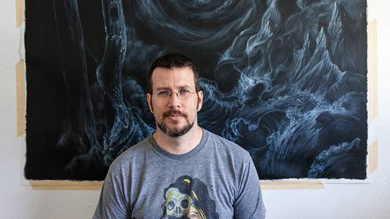 Anthony Hurd in front one of his pieces, photo credits of the artist
