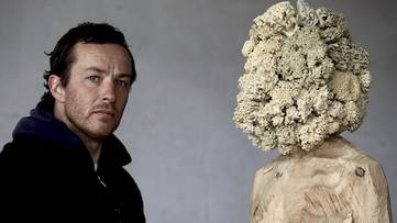 Aron Demetz - artist, photo credits - International Art Bridge-Blog