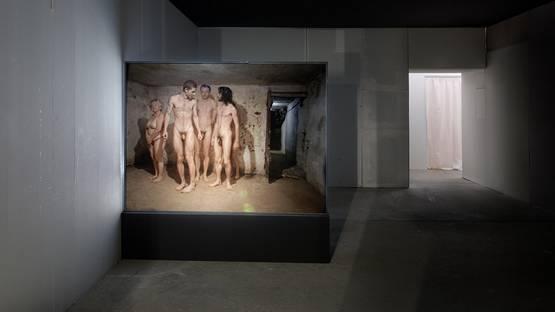 Artur Zmijewski - Berek (The Game of Tag), 199, Installation view - image courtesy of Peter Kilchmann gallery