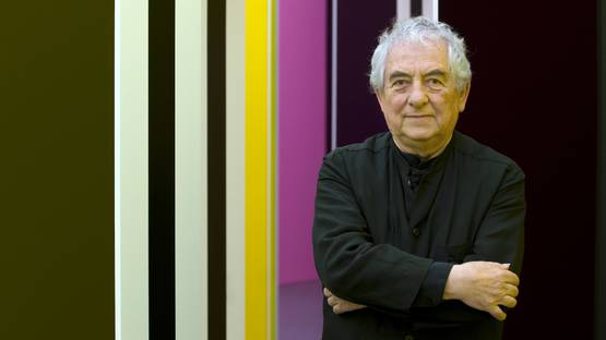 Daniel Buren - Photo of the artist - Image via uoregon