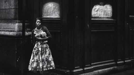 Dave Heath - Chicago (detail) - 1955 - photo credits - America Martin