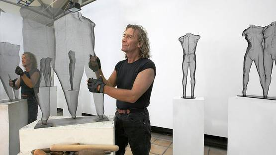David Begbie - The artist in his studio - Image courtesy of David Begbie