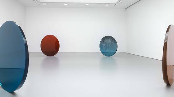 DeWain Valentine - Works from the 1960s and 1970s, installation view at David Zwirner, New York, 2015, photo credits of the artist-Artists Rights Society