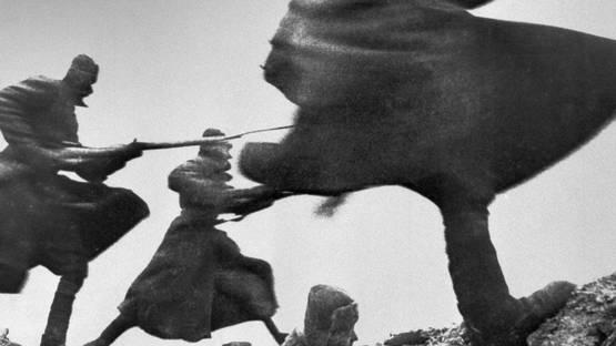 Dmitri Baltermants - Bayonet Attack - Image via baltermants