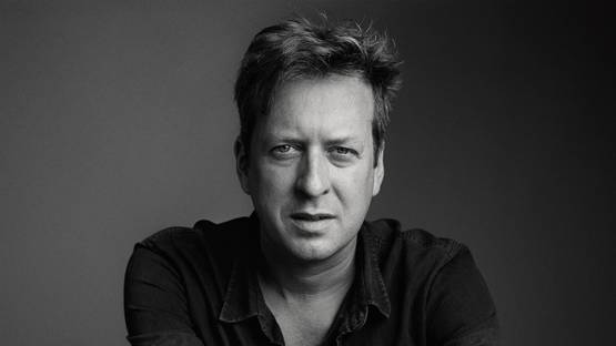 Doug Aitken portrait