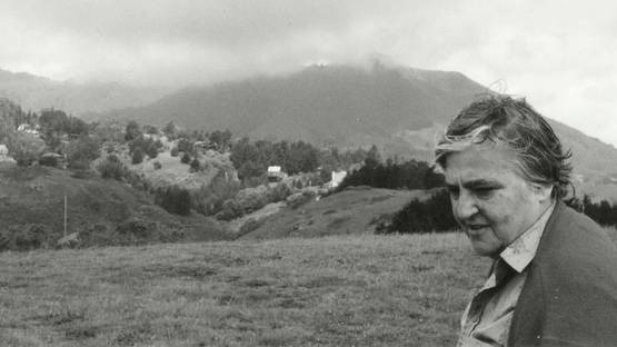 Etel Adnan, photo by Simone Fattal, photo credits - artist
