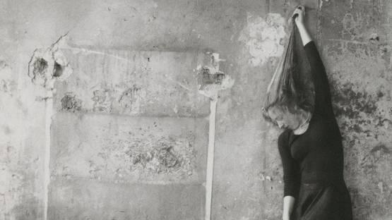 Francesca Woodman - Self-portrait of the artist - Photo Credits Pinterest