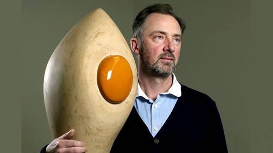 Gary Hume - Photo of the artist - Image via theguardian.com