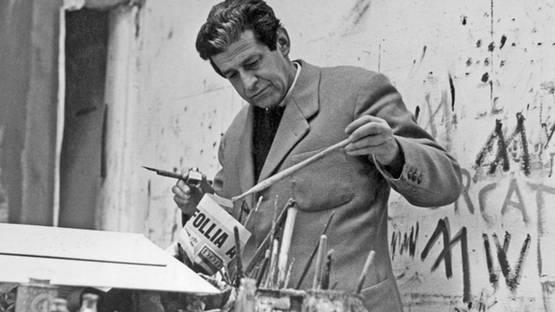 Giulio Turcato in his studio, image via the artist's official site