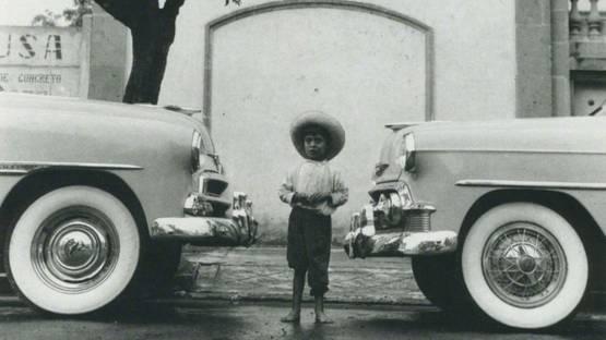 Hector Garcia - Entre el progreso y el desarrollo, 1950 (detail)