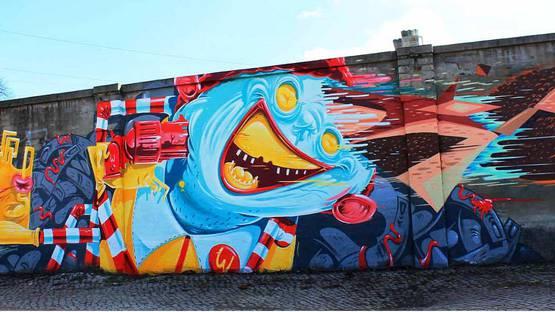 Herr von Bias aka HRVB - mural of Ronald The Weird Donald, photo credits - Street Art Graffiti Berlin