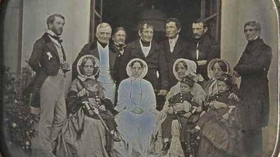 Jean-Gabriel Eynard - Autoportrait avec la famille Delessert (deail), 1849 - image via christiescom