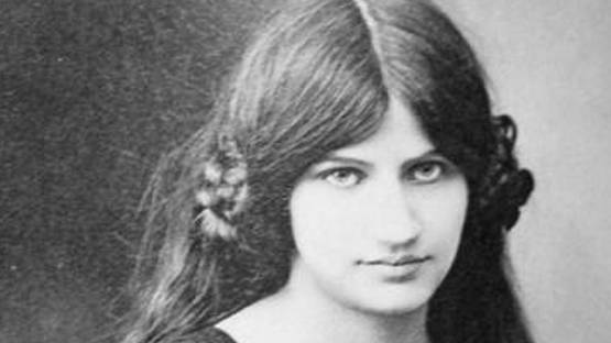 Jeanne Hebuterne - Portrait - Photo via quilivornoit