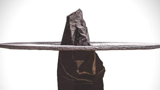 Jesse Ede - Lunar table - Image via hiconsumption