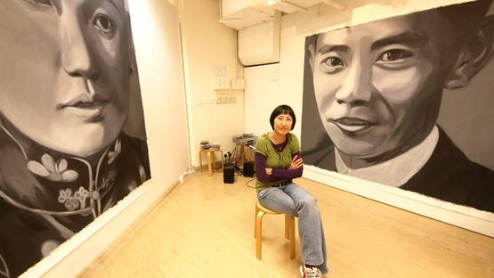 Ko Tin Yan, Celia and her paintings Chan Chung Pak (left) and Ling Tak Hung (right) at Lingnan University