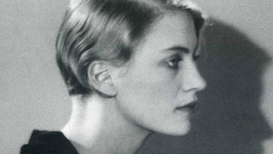Lee Miller photographed by Man Ray in 1930 (detail)