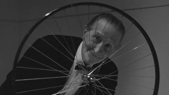 Marcel Duchamp - The artist in front of his work - Photo Credits Mattatuck Museum