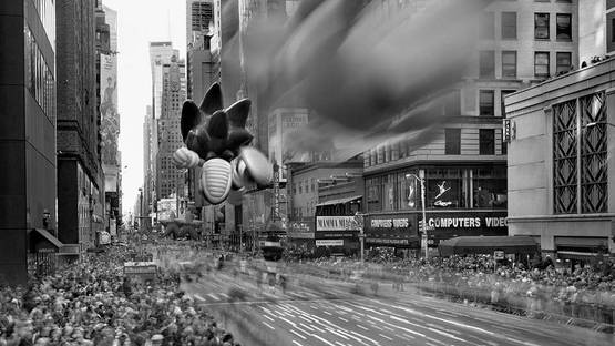 Matthew Pillsbury - Macy's Thanksgiving Day Parade (detail), New York, 2011, photo credits of the artist