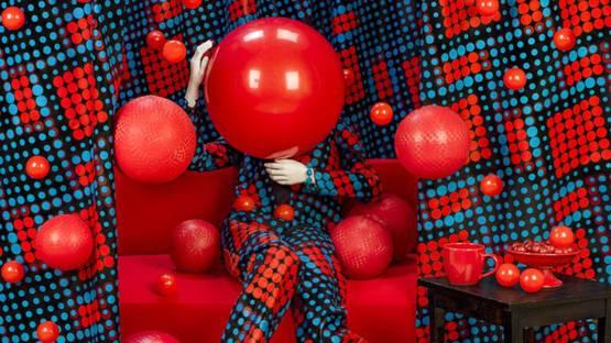 Patty Carroll - Red Balls, 2017 (detail)