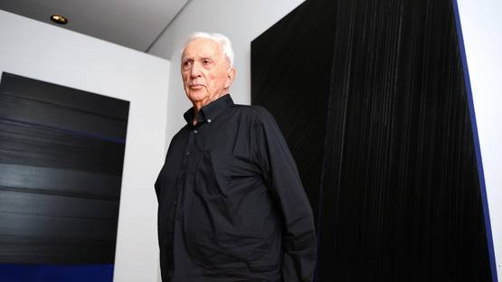 Pierre Soulages - portrait - photo credits Philippe Desmazes-AFP, image via directmatinfr