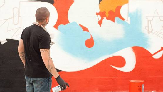 Rae Martini - artist - photo credits - Graffuturism