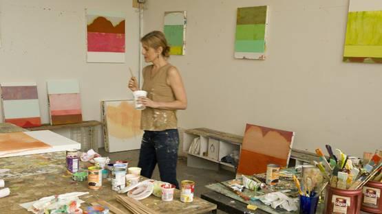 Sarah Hinckley - artist in her studio