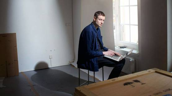 Simon Denny - Portrait of the artist, 2015, photo credits www.independent.co.uk