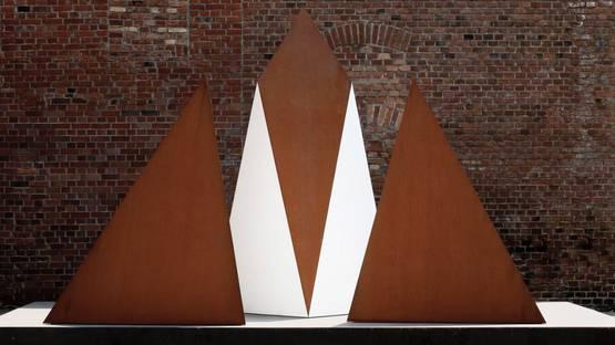 Vera Rohm - sculpture, photo credits of the artist