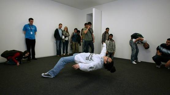 Xu Zhen - Just the Blink of an Eye, 2005, photo credit courtesy Manchester City Galleries