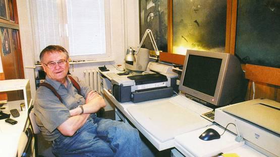 Zdzislaw Beksinski in his studio - image courtesy of the Zdzislaw Beksinski gallery