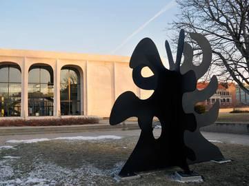 Alexander Calder - Tripes, Sheldon Museum of Art. 1974