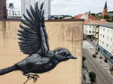 ROA-Street-Art-in-Nässjö-Sweden1
