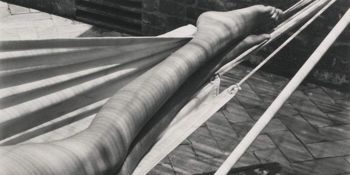 Edward Weston - Legs in Hammock (Detail)