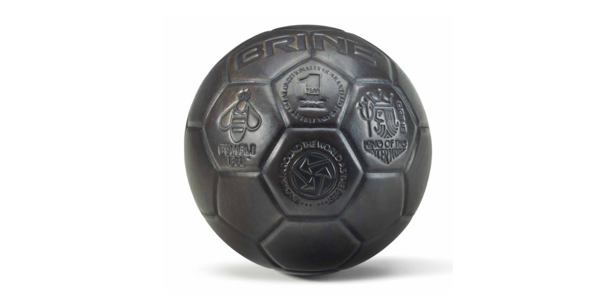 Jeff Koons - Soccerball (Bumblebee), 1985