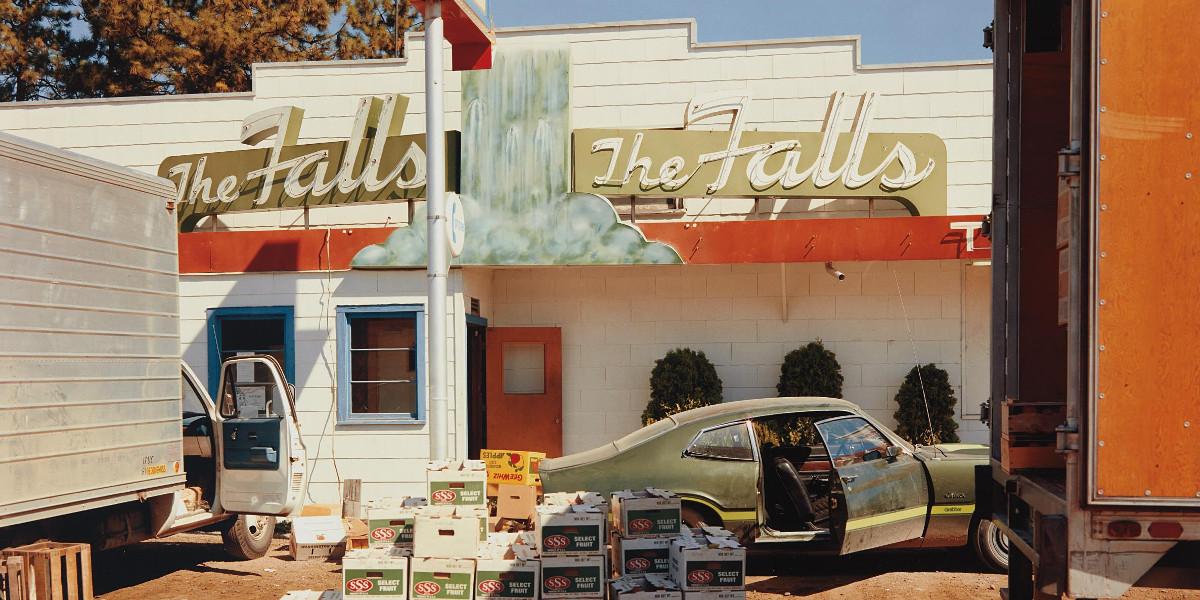 Stephen Shore - U.S. 10, Post Falls, Idaho, August 25, 1974 (detail)
