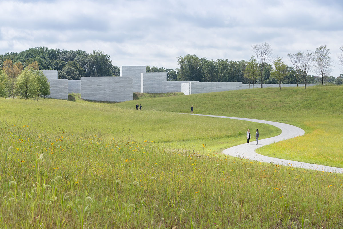 Approach to the Pavilions, by Iwan Baan, Glenstone Museum
