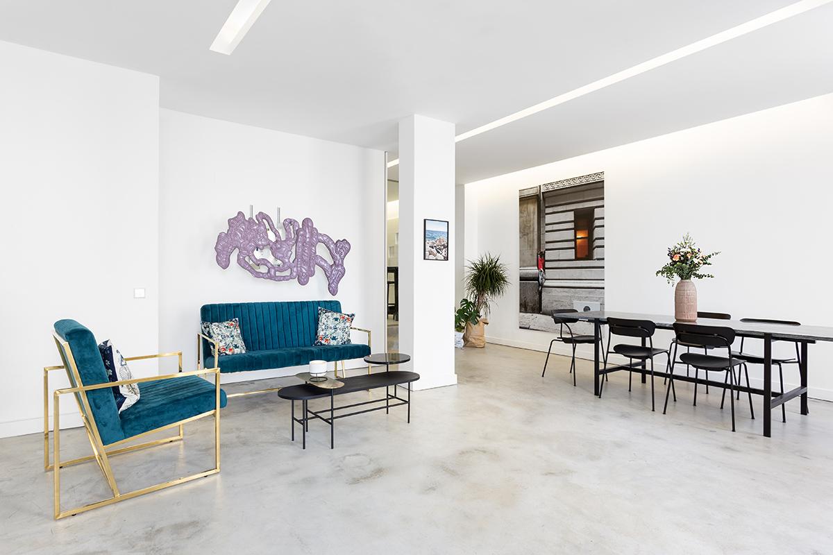 Art Curator Grid Office Lisbon