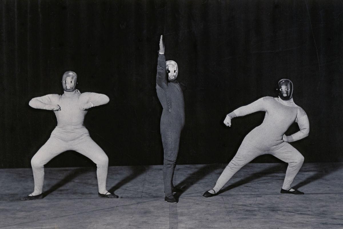 How The Bauhaus School Gave Life To Performance Art Movement Widewalls