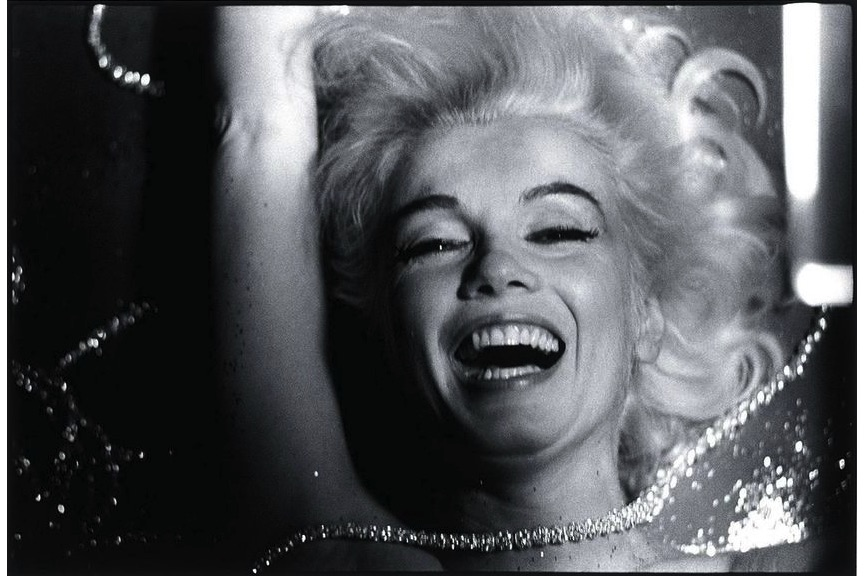 Bert Stern - Marilyn Monroe, Hotel Bel-Air, Los Angeles, 1962 (Marilyn Laughing in Pearls)
