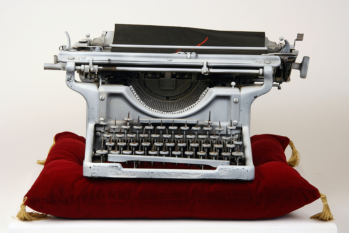 Conroy-Maddox-Onanistic-Typewriter-I1