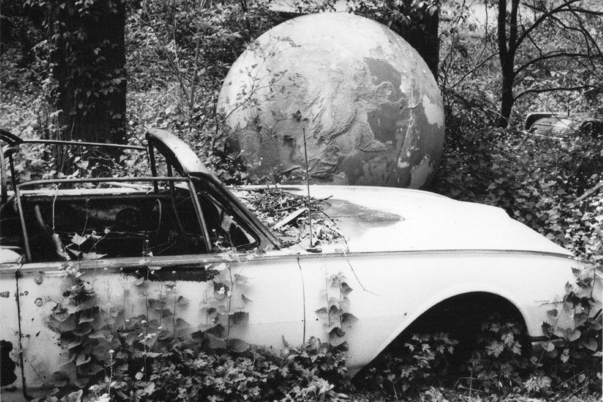 David Wojnarowicz - Abandoned car with globe, 1988-9, Collection of Marion Scemama, Courtesy of Estate of David Wojnarowicz and Gracie Mansion FIne Art