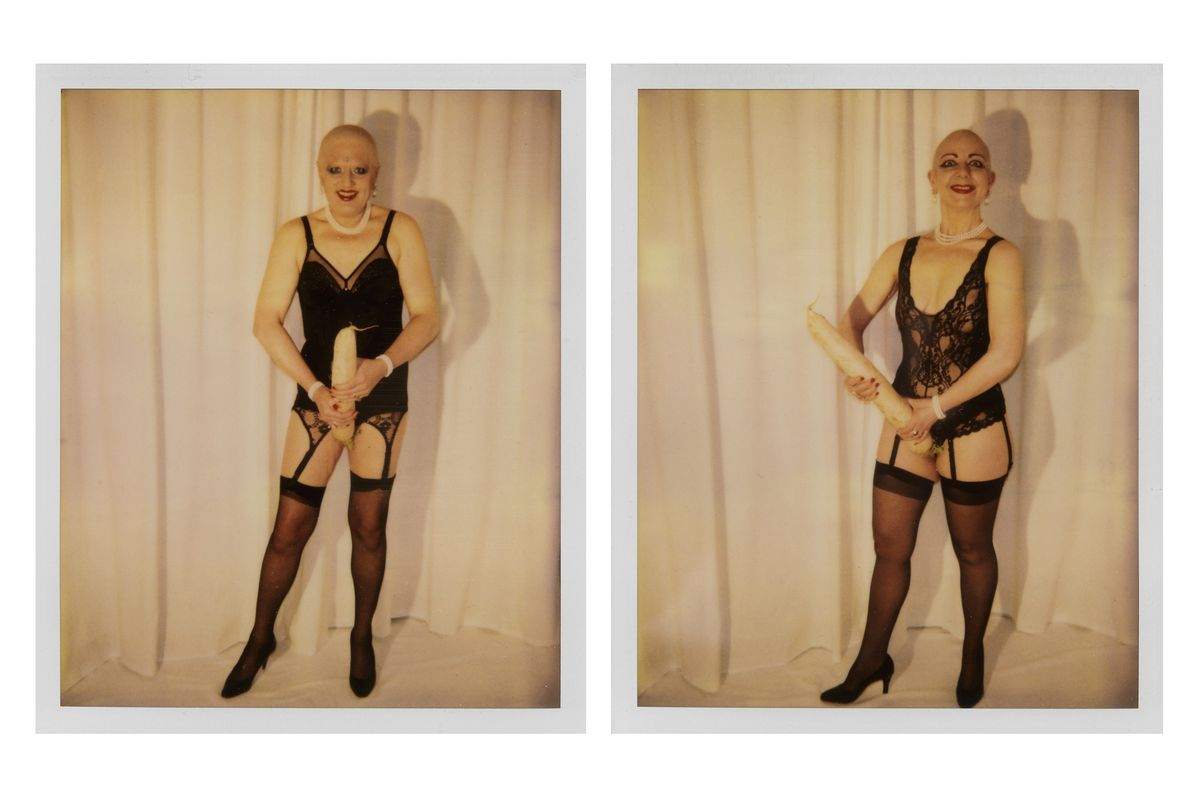 Eva & Adele - Man Has The Phallus, Woman Is The Phallus, 1993, 2 Polaroids, Je 10,2 Å~ 10,1 Cm © Eva & Adele Und Vg Bild-Kunst, Bonn 2018