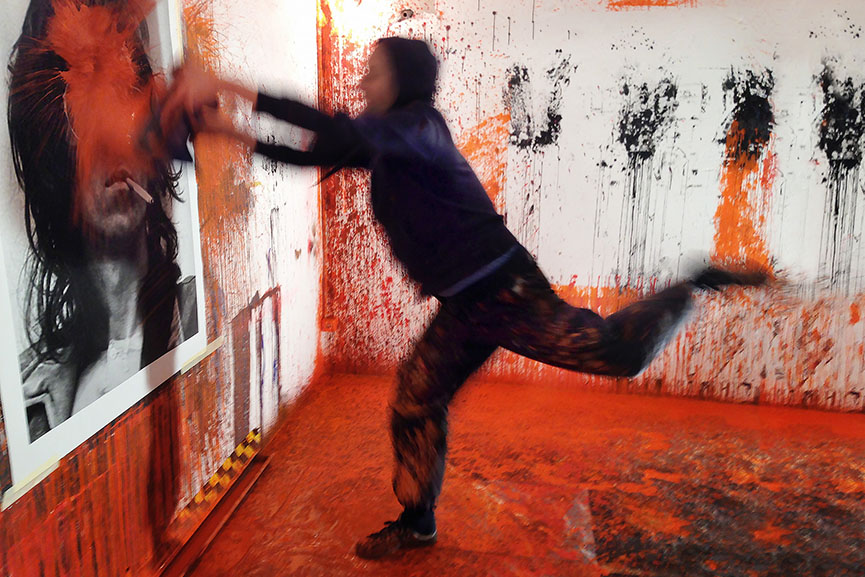 Gen Atem at work in the studio, 2014
