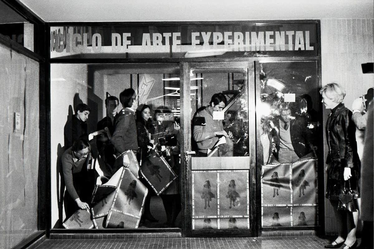 Graciela Carnevale -Acción del encierro (Lock-up action), 1968