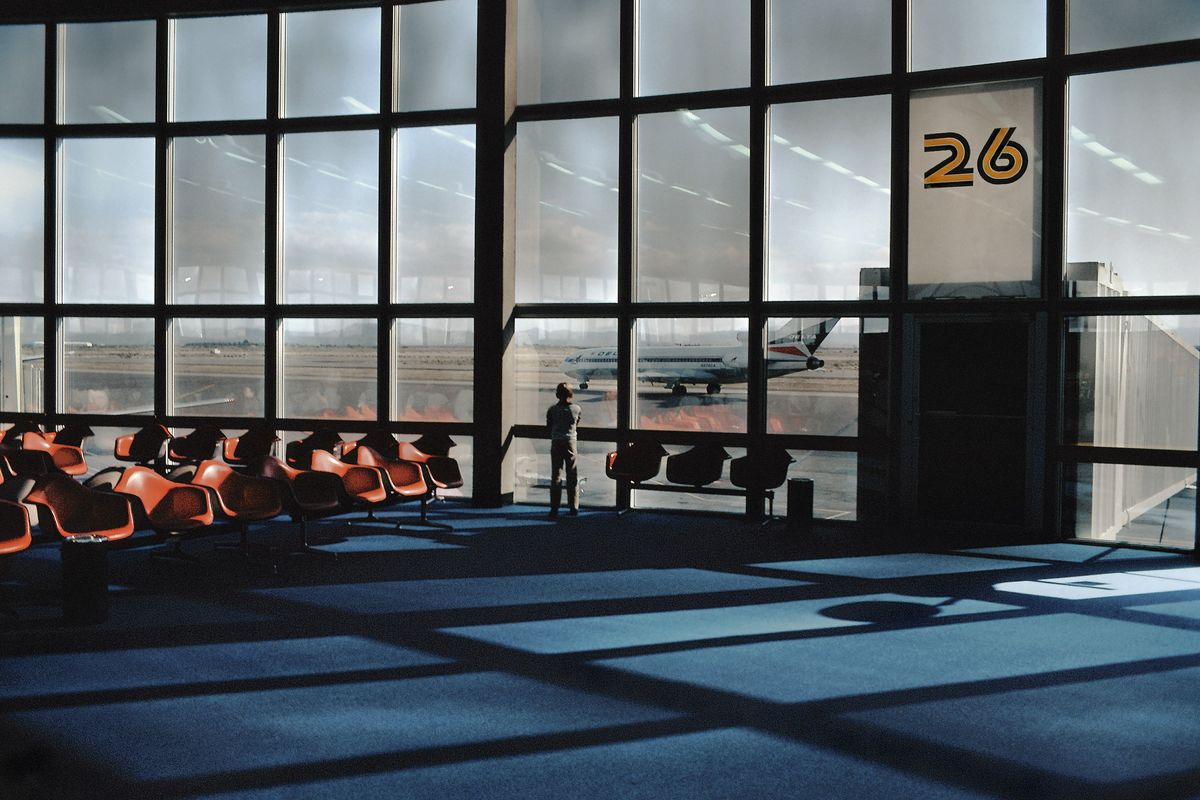 Harry GRUYAERT, USA, Las Vegas International airport, 1982, Archival pigment print, printed later, 53 x 80 cm, ©Harry Gruyaert: Courtesy Gallery FIFTY ONE