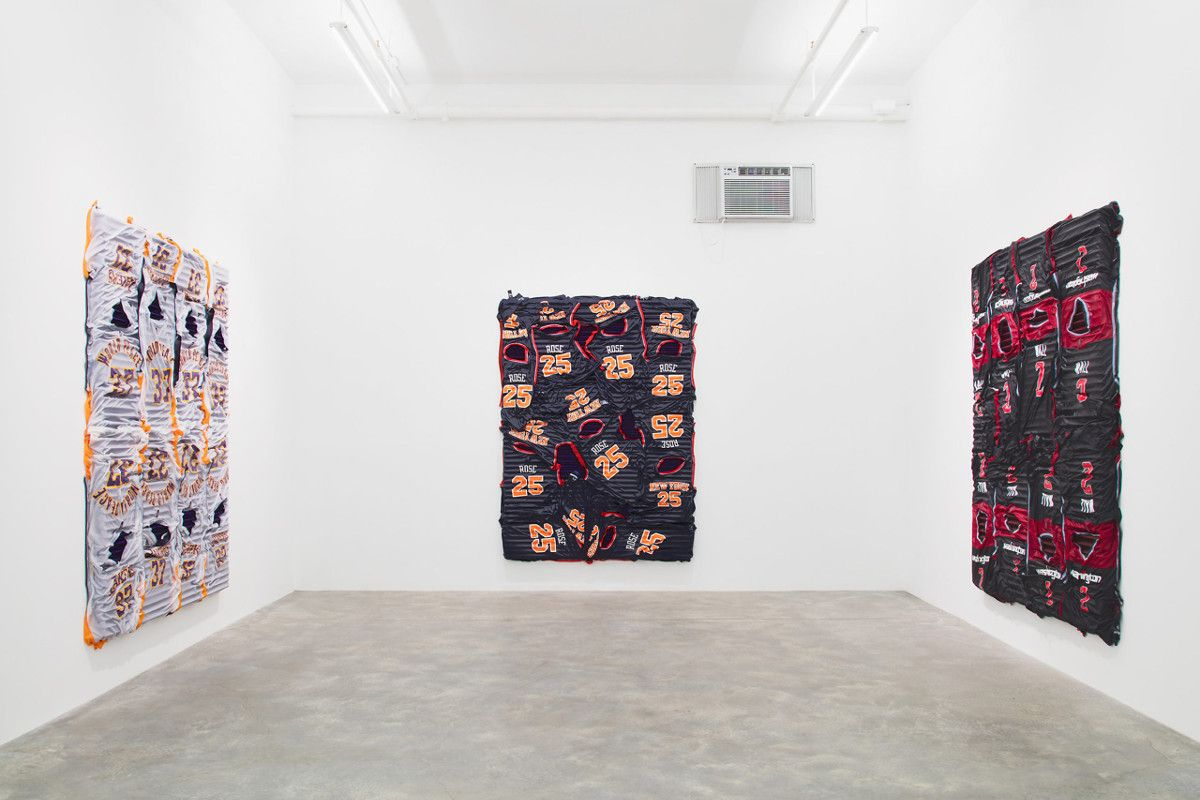 Installation view Kevin Beasley - Sport Utility