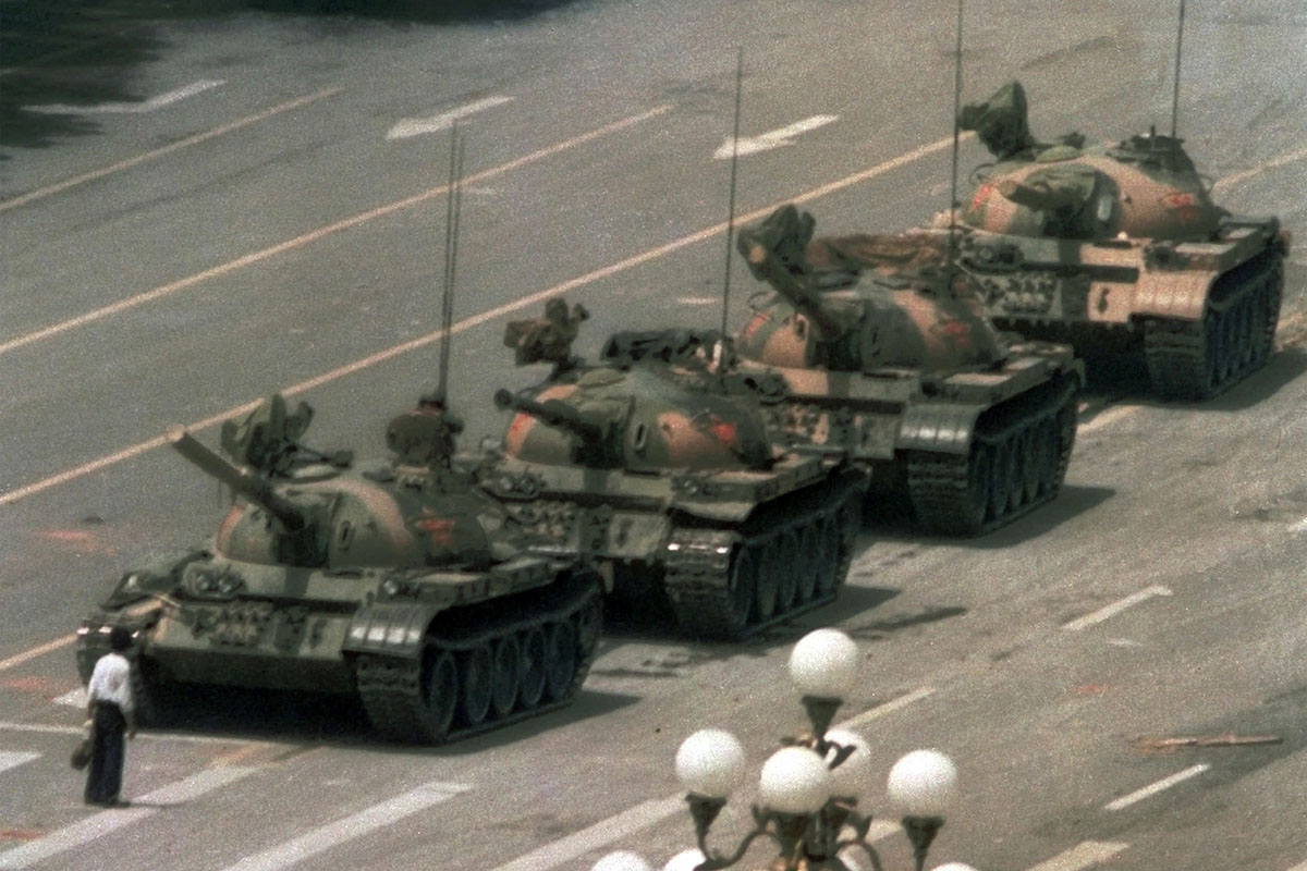 Jeff Widener - Tank Man, 1989