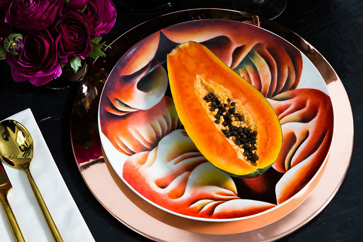 Judy-Chicago-The-Dinner-Party-Primordial-Goddess-plate-1974–79.-©-Judy-Chicago-c1